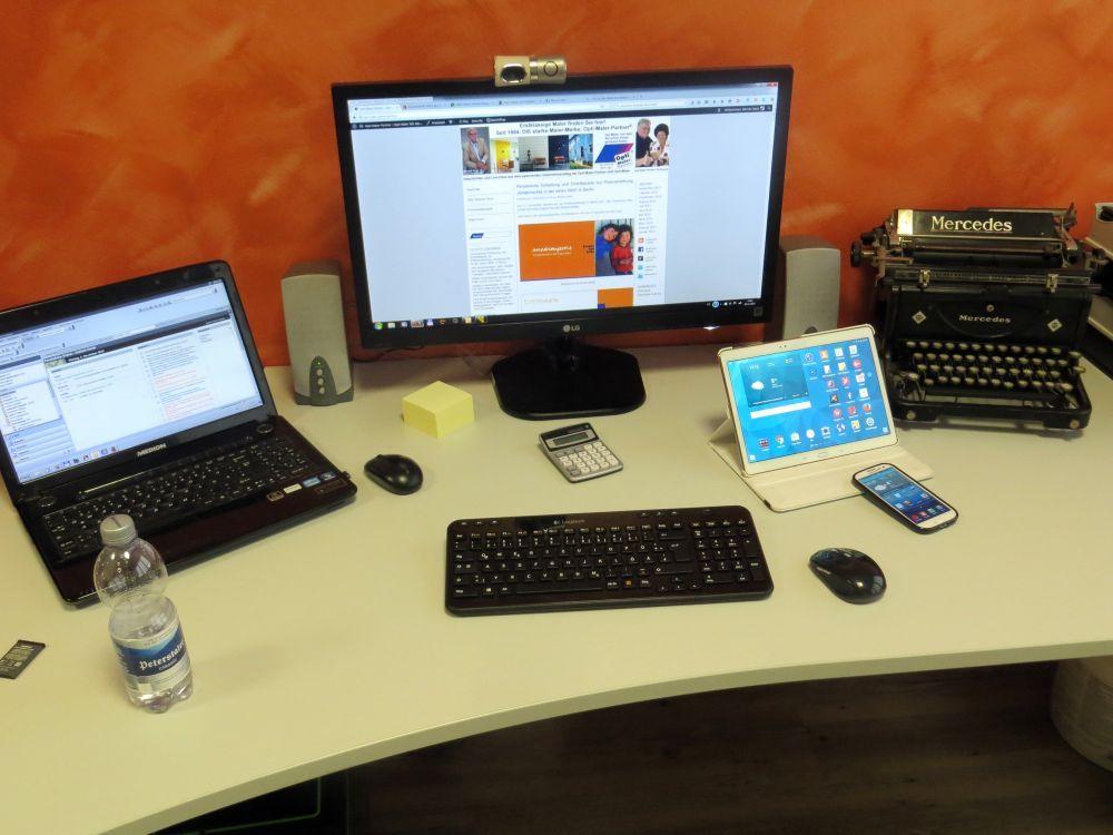 Setup Schreibtisch Werner Deck