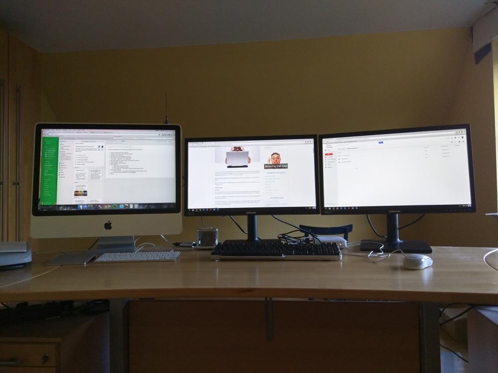 Büroorganisation und Schreibtische bei Setup von Lars Bobach