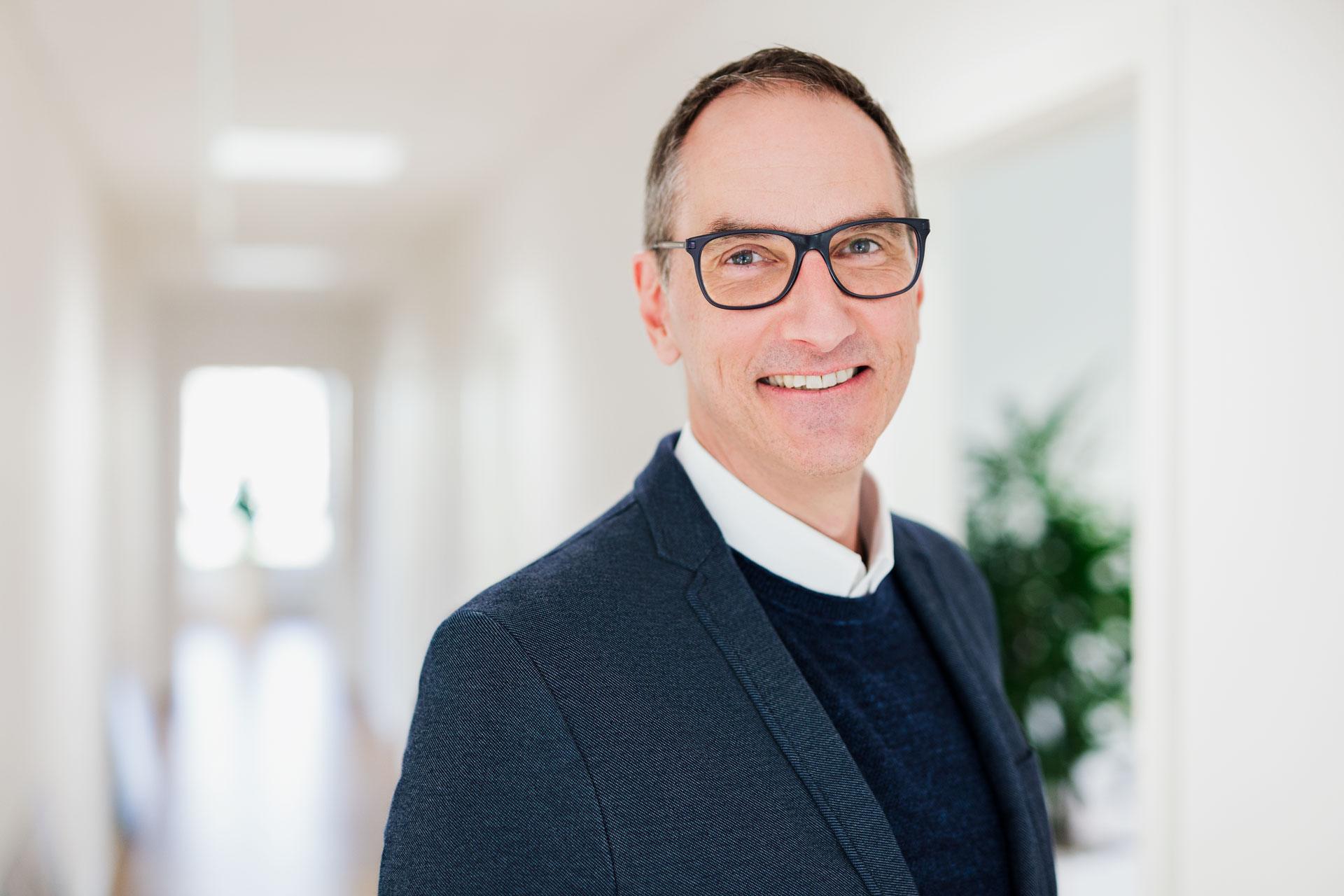 Portrait Lars Bobach