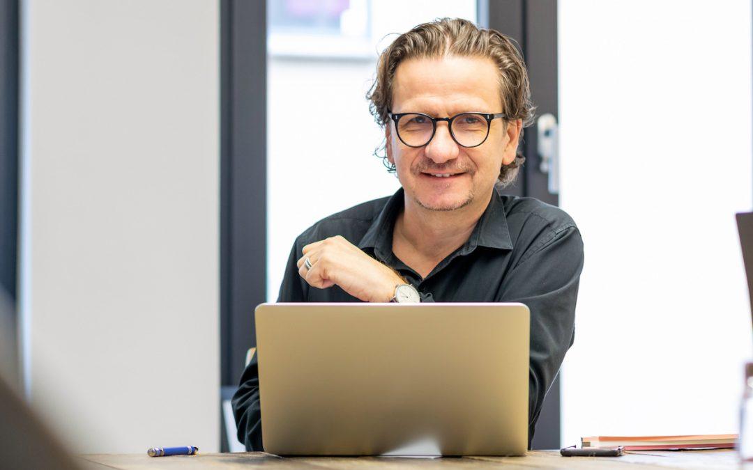 Alte Geschäftsmodelle neu denken, Friseur Heiko Schneider
